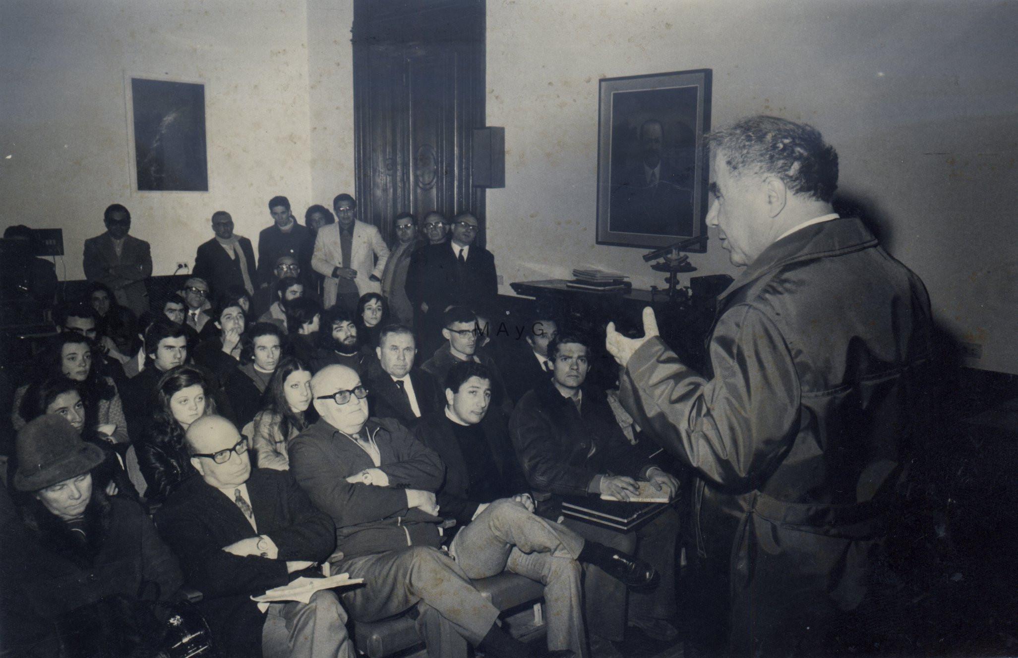 Visita de Viktor Ambartsumian. La Plata, 1974.